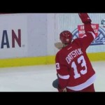 Funny – Datsyuk Tries to Shut Door on Filppula -1-29-2013