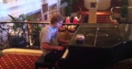 Wisconsin Badgers Player Plays Piano at Chicago Hilton – 2-17-2013