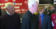 Detroit Fans Sing for Gordie Howe's Birthday – 3-31-2013
